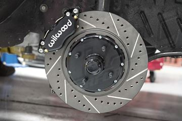 Picture of 12 INCH / 4 PISTON WILWOOD FRONT BRAKE UPGRADE