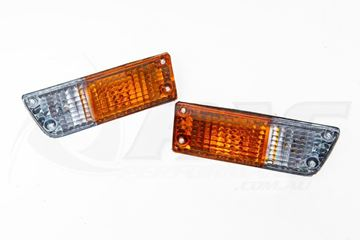 Picture of RX2 CAPELLA FRONT PARKER TURN SIGNAL LIGHT ASSEMBLIES